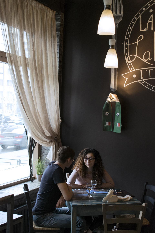 Льняные шторы в итальянском ресторане