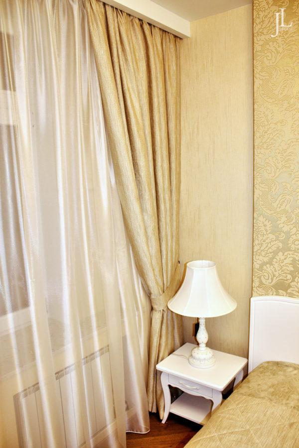 Золотые шторы и тюль