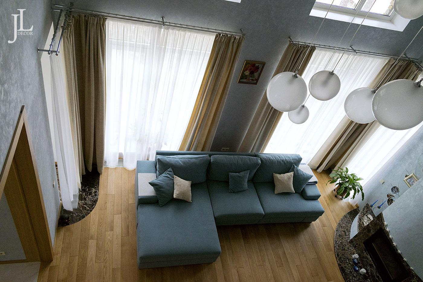 Дизайн штор для современной гостиной.