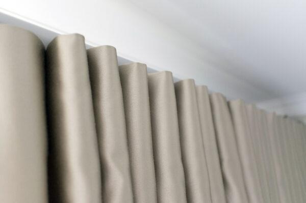 Классические шторы. Фото.